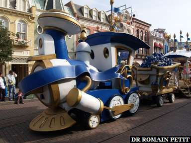 Album photos Le Petit Train des Personnages Disney par Romain Petit